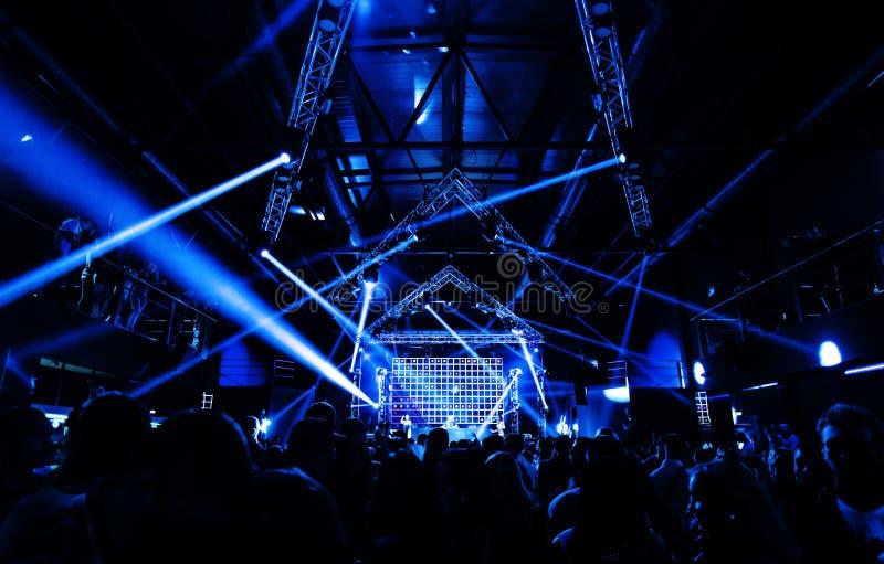 Концерт неистовства партии ночи стоковая фотография