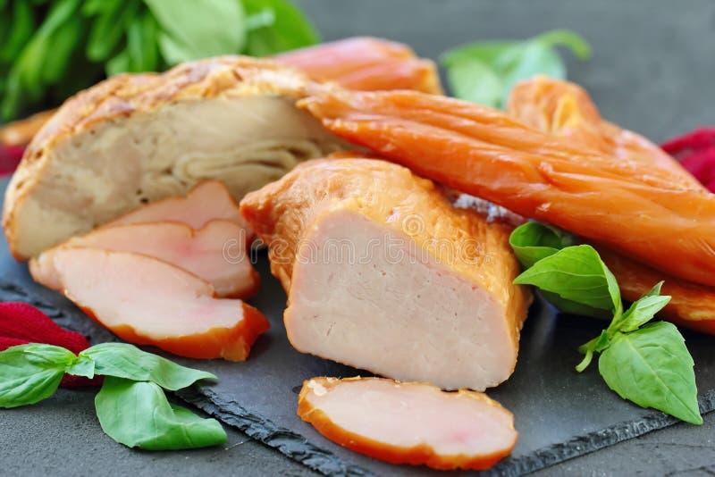 Копченое мясо готовое для ест стоковые фотографии rf