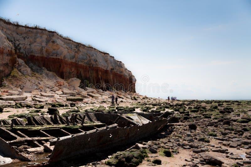 кораблекрушение скал стоковые фото