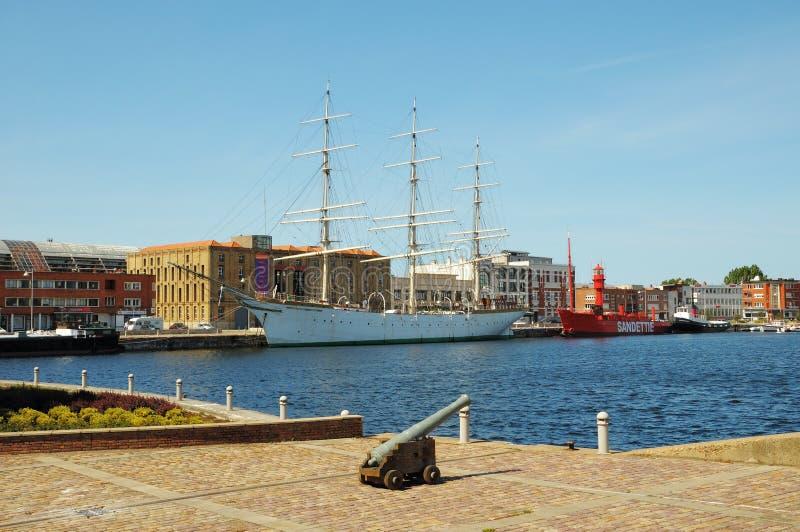 Корабли музея в порте стоковые фотографии rf