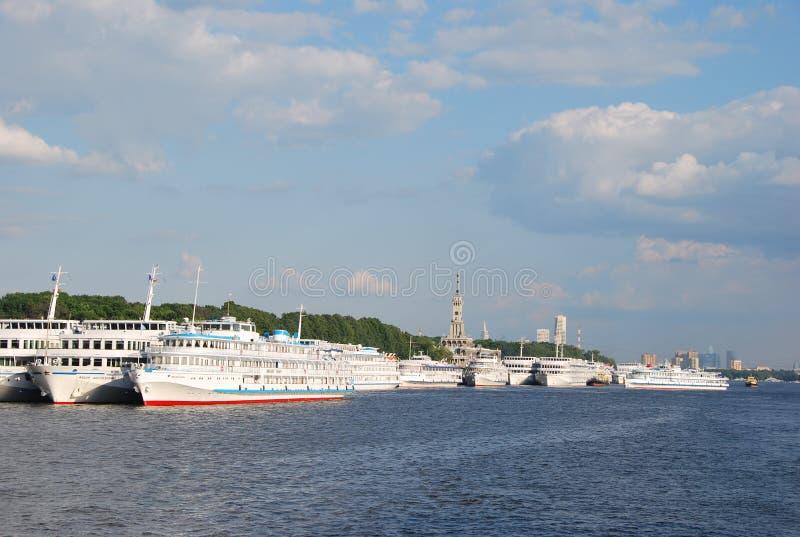 корабли реки moscow северные гаван стоковое изображение