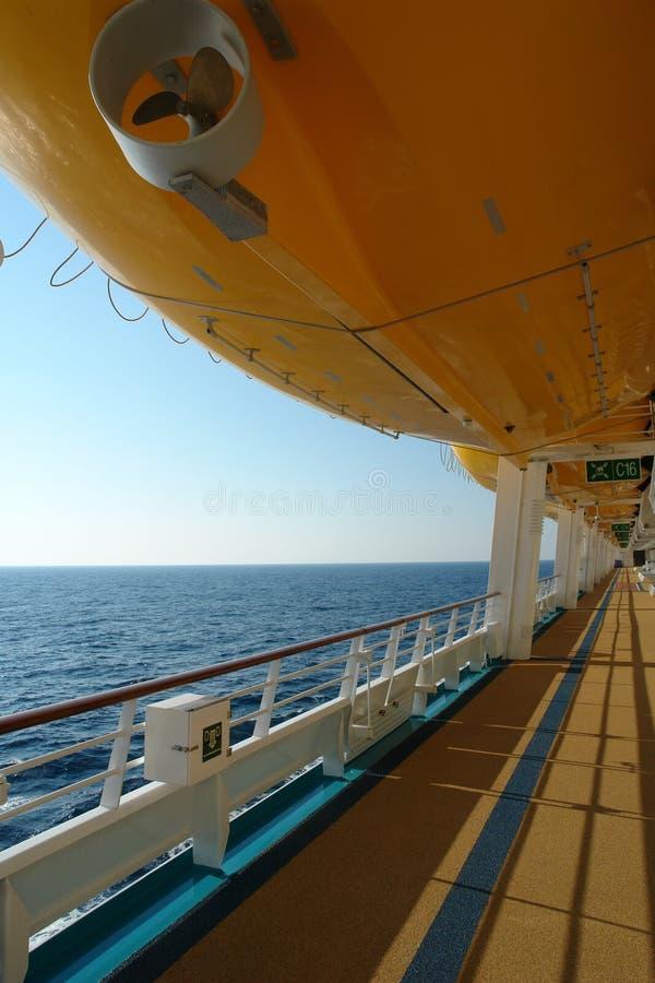 корабль жизни круиза шлюпки стоковая фотография