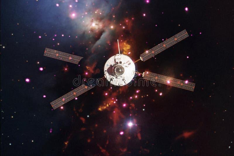 Корабль запустит в космос Красота космического пространства стоковое фото rf