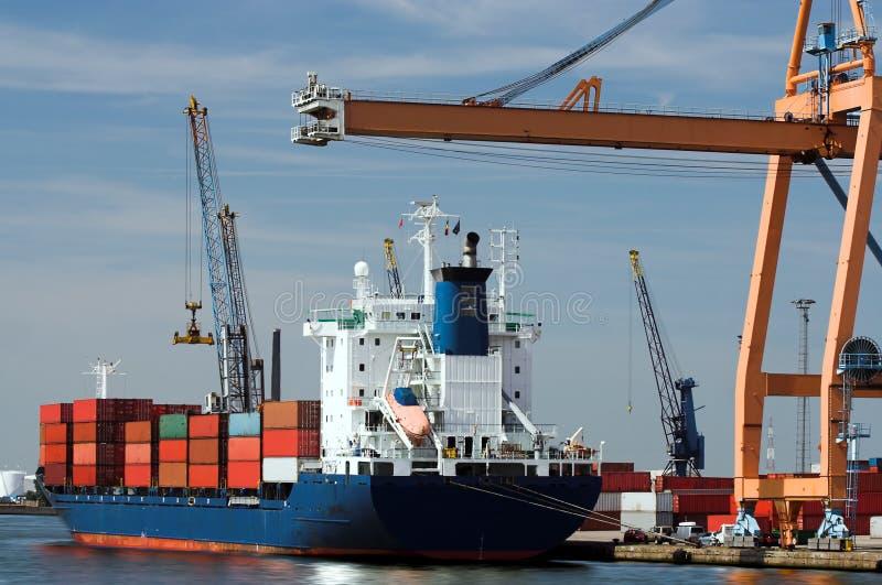 корабль контейнера стоковое фото rf