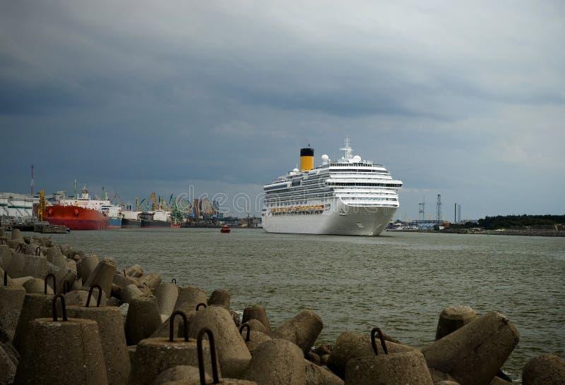 корабль порта klaipeda круиза стоковое изображение