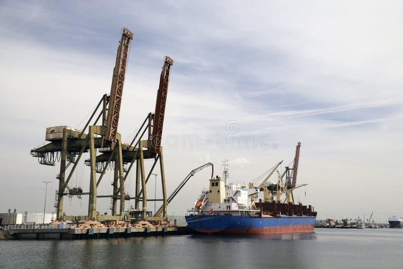 Корабль состыкованный в порте стоковые изображения