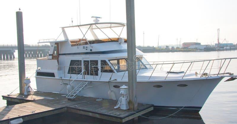 корабль стыковки славный стоковое изображение rf