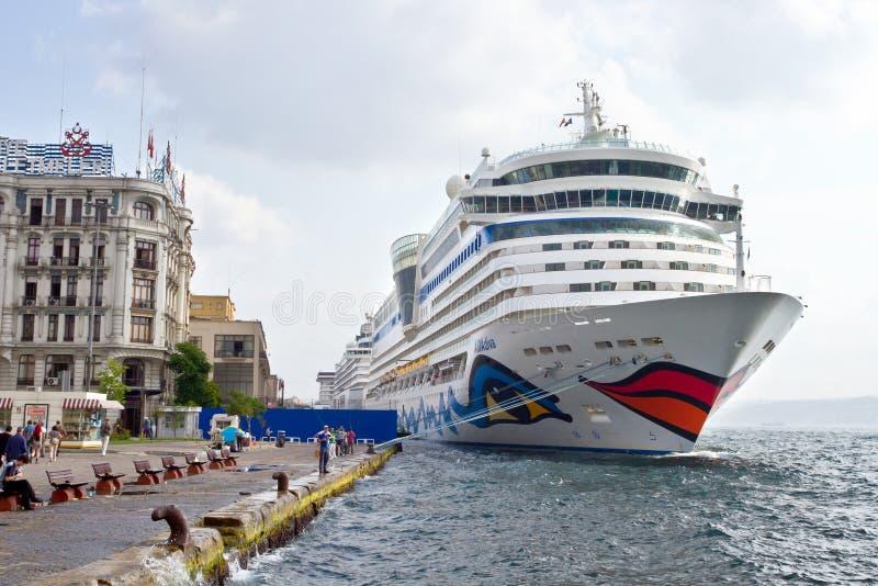 корабль istanbul s дивы aida стоковые фотографии rf