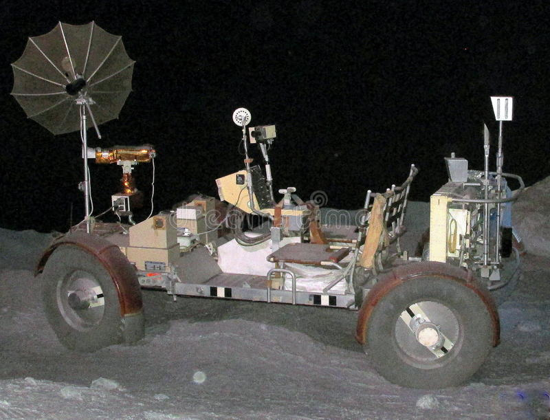 Корабль вездехода Аполлона проекта NASA лунный на дисплее на музее космического центра Джонсона общественном в Хьюстоне, Техасе стоковые изображения