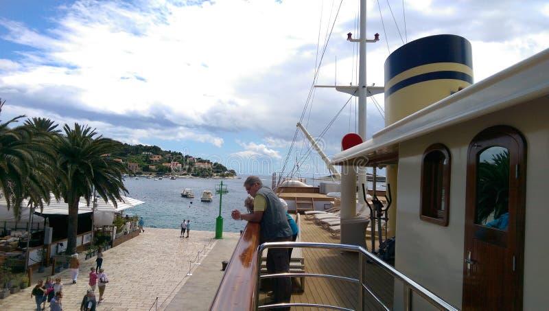 Корабль в Hvar стоковые изображения