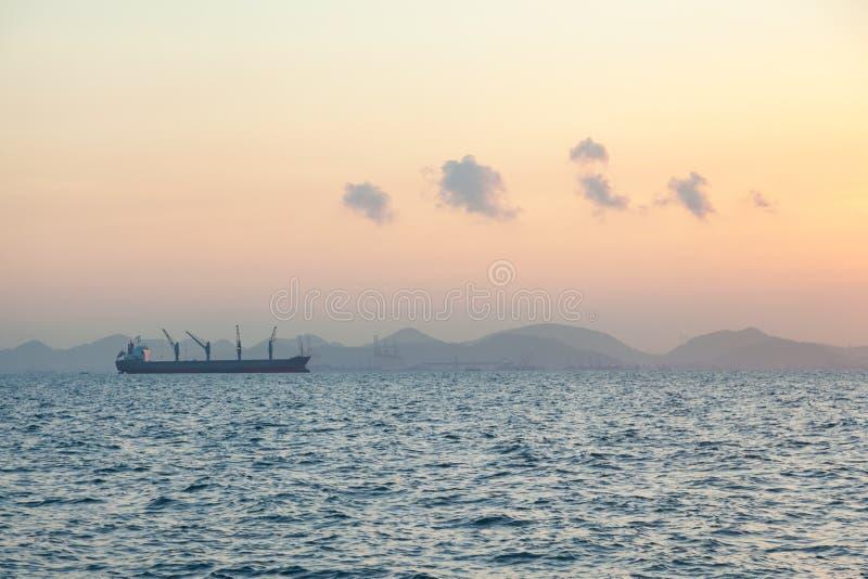 корабль груза большой стоковая фотография rf