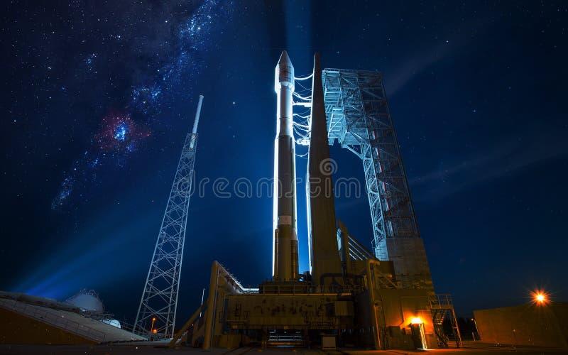 Корабль запустить Элементы этого изображения поставленные NASA стоковые изображения rf