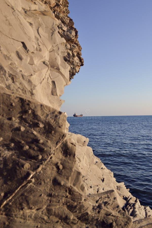 Корабль и море стоковое фото rf