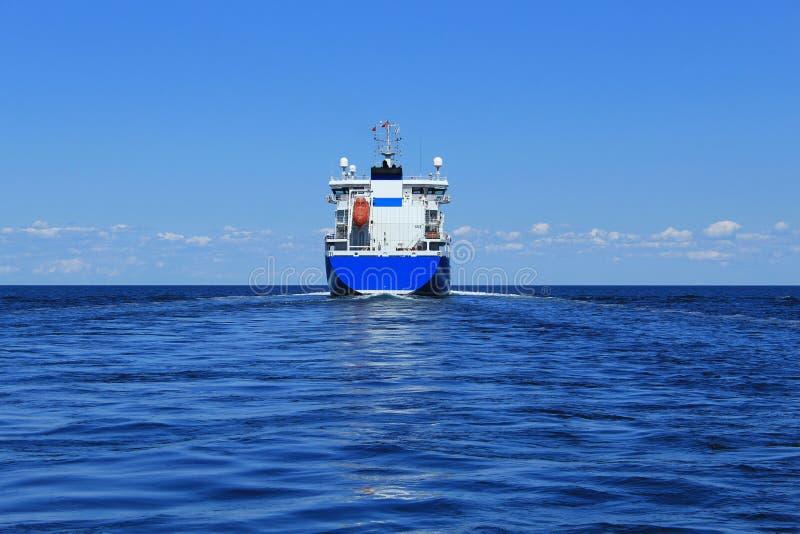 Корабль топливозаправщика стоковые фотографии rf