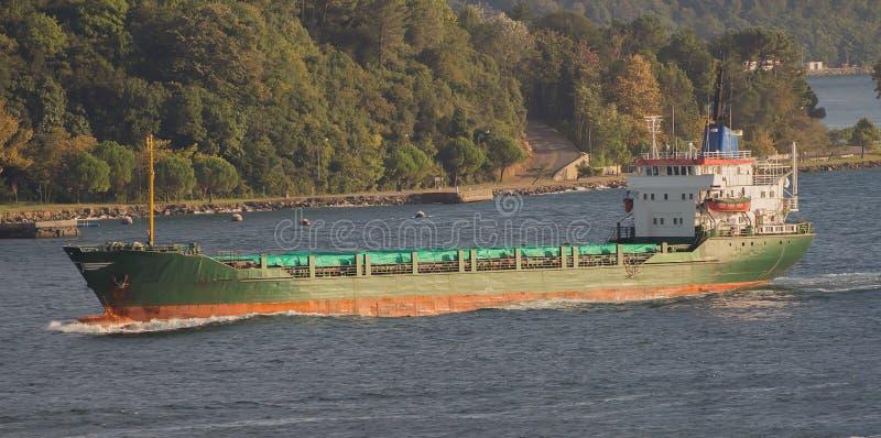 Корабль топливозаправщика стоковое изображение rf