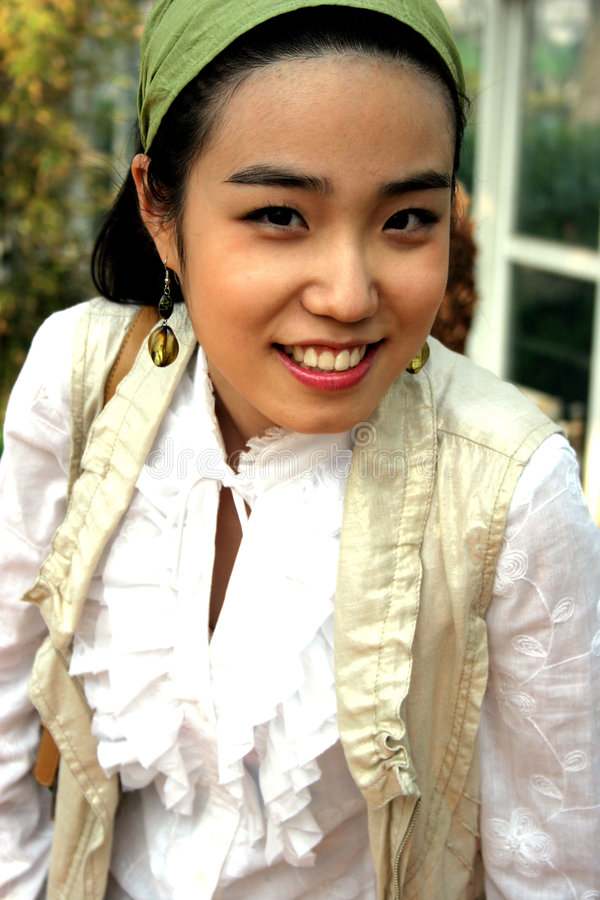 корейская милая женщина стоковое изображение rf