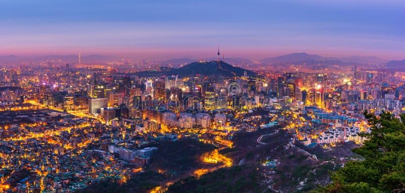 Корея, панорама горизонта города Сеула, Южной Кореи стоковая фотография rf