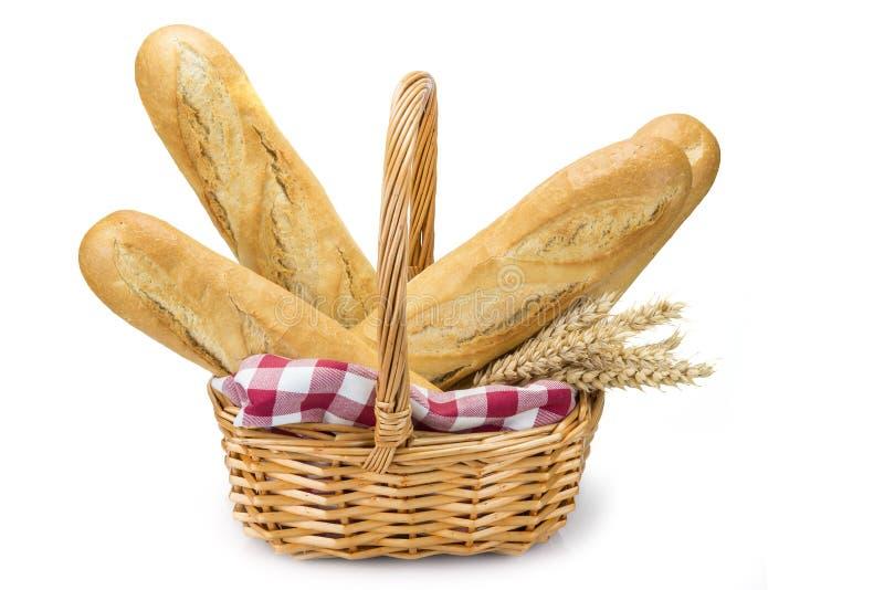 Корзина с хлебом пшеницы стоковое фото rf