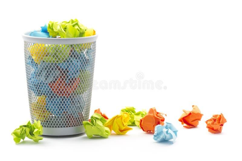 Корзина wastepaper офиса стоковые фото