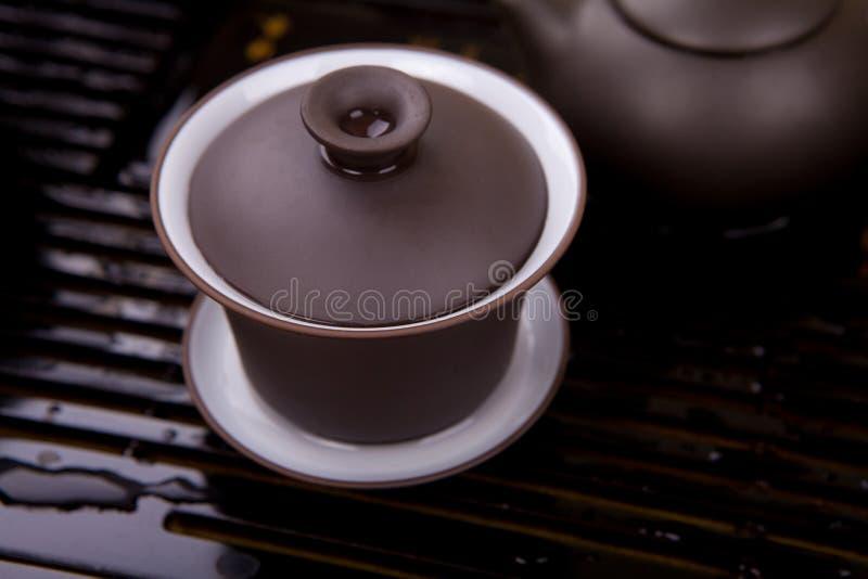 коричневая поверхностная древесина чайника стоковое фото