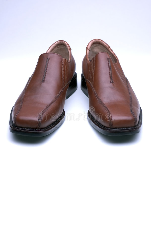 коричневейте ботинки mens платья стоковые фотографии rf