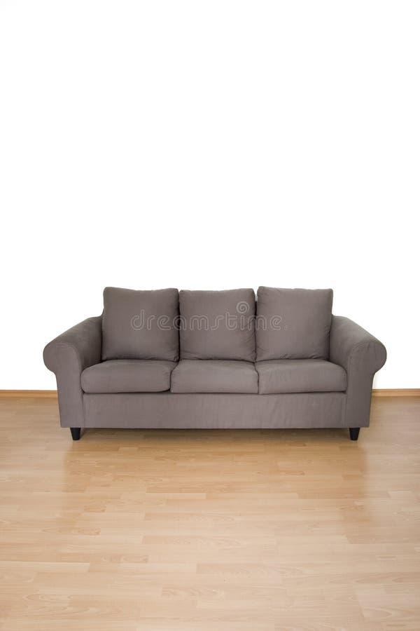 коричневое кресло стоковая фотография