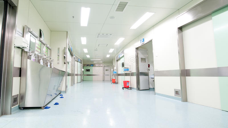 Коридор больницы стоковые фотографии rf