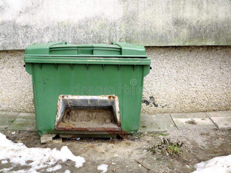 Коробка с песком для того чтобы предотвратить смещение в зиму стоковые изображения