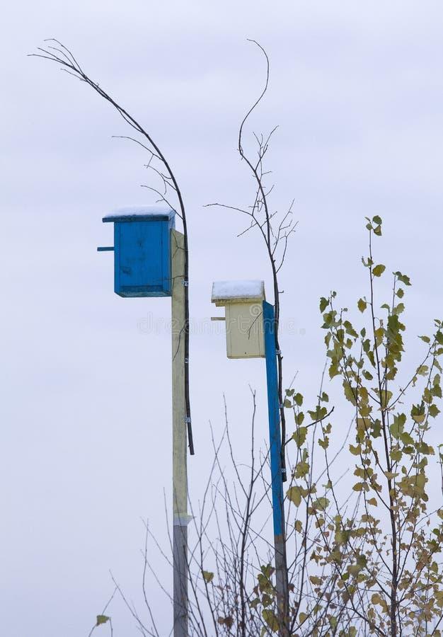 Коробка Nestig в деревне стоковые изображения
