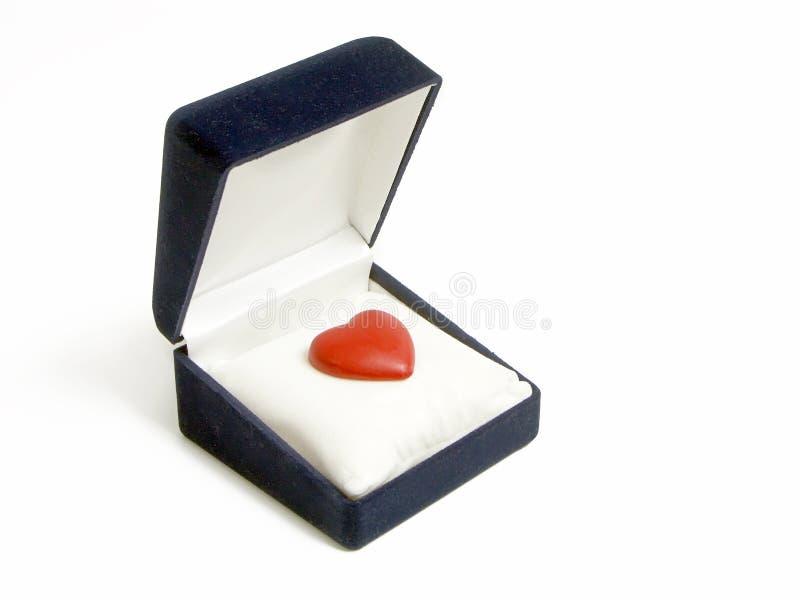 Download коробки сердца красный цвет вне Стоковое Фото - изображение насчитывающей форма, asama: 485134