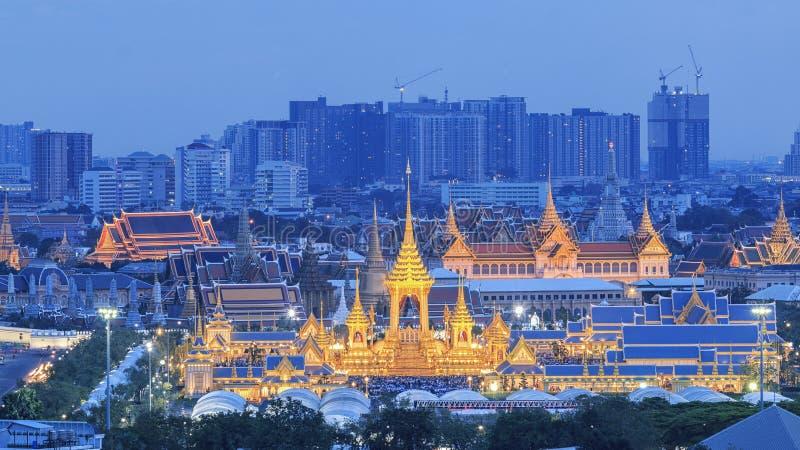Королевская выставка кремации, Бангкок, Таиланд - 24-ое ноября: Королевский крематорий для HM короля Bhumibol Adulyadej на 24,20  стоковое изображение rf