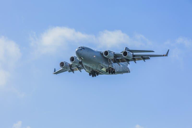 Королевская муха Globemaster австралийской военновоздушной силы сверх стоковое изображение rf