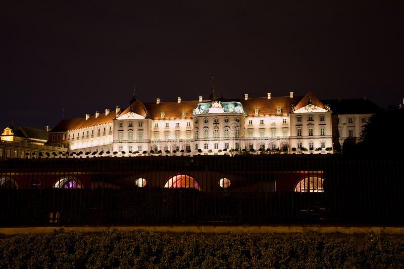 Королевский замок в Варшаве на ноче, Польше, Европе стоковая фотография