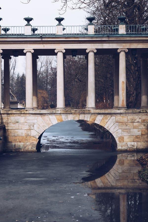Королевский парк ванн в Варшаве в Польше стоковые изображения