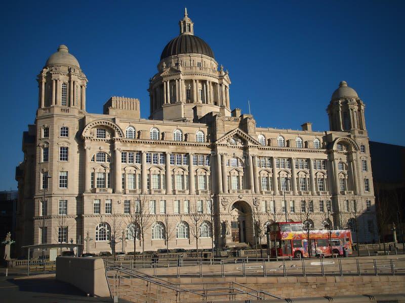 Королевское здание печени; Голова пристани; Ливерпуль; Англия; Великобритания стоковая фотография rf