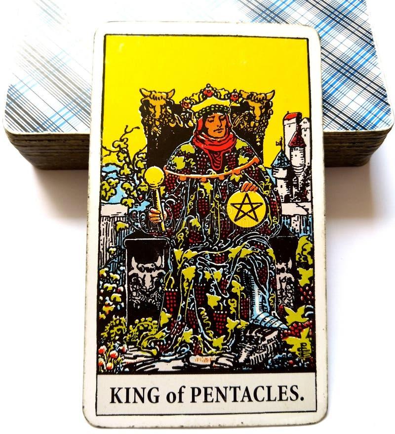 Король империи дела касания Midas богатства карточки Tarot Pentacles квалификаций m мастера дела роскошной успешных стоковое фото