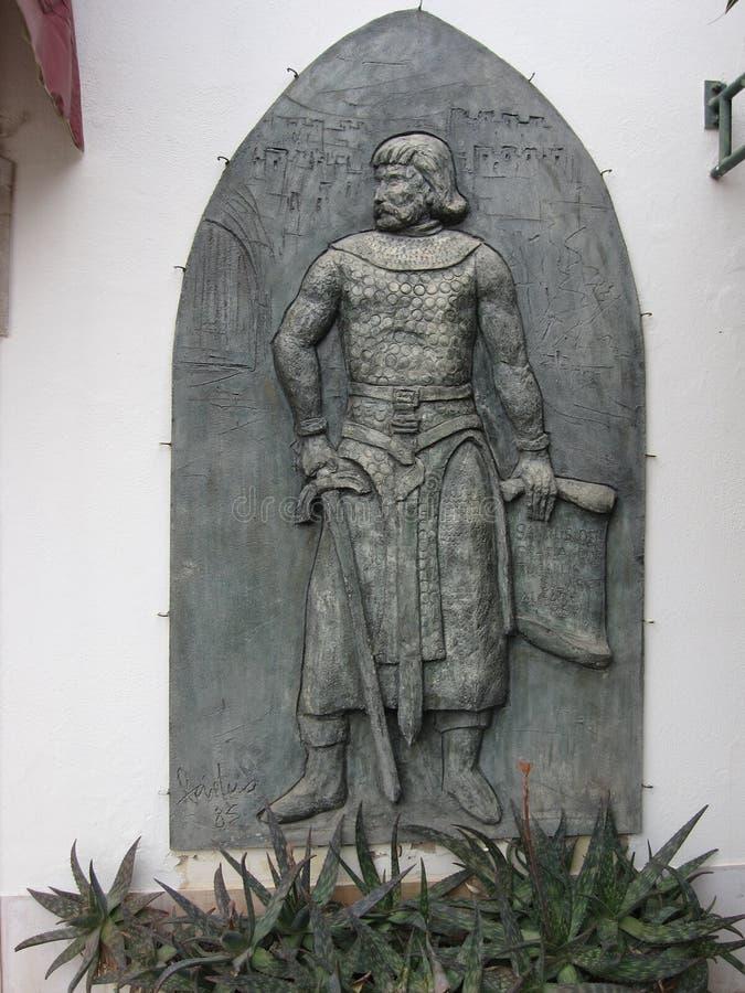 Король и его скульптура замка стоковое изображение rf