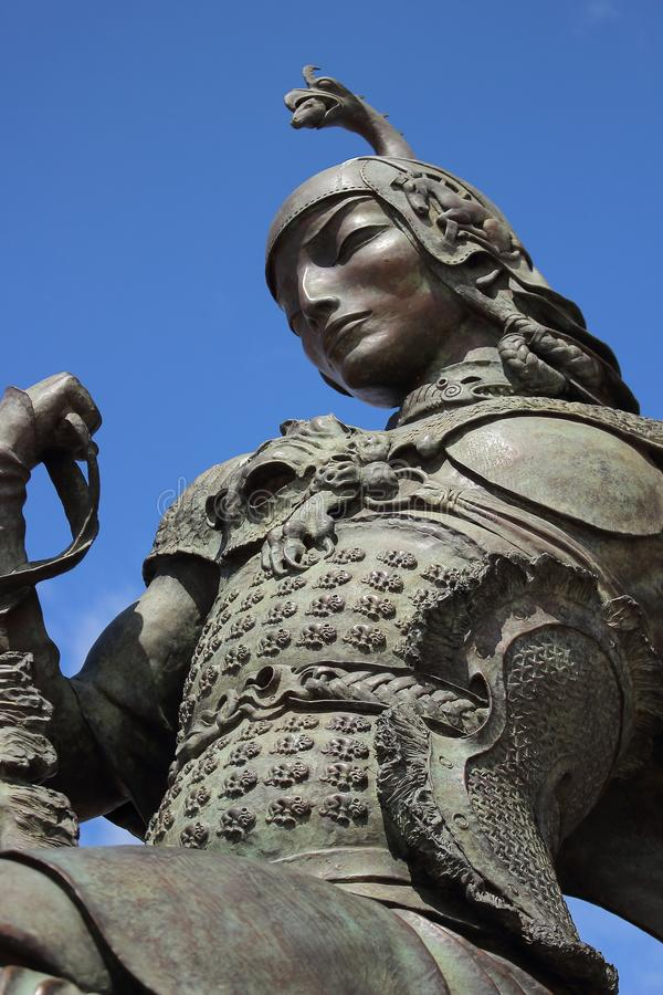 Король Scythian от скульптурного ` охоты царя ` ансамбля скульптором Dashi Namdakov Buryat в городе республики Kyzyl Tyva стоковое фото rf