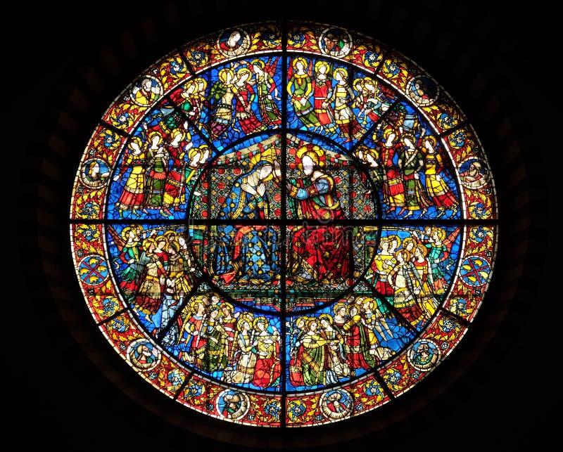 Коронование Mary, витража в церков повести Santa Maria во Флоренс стоковые изображения rf