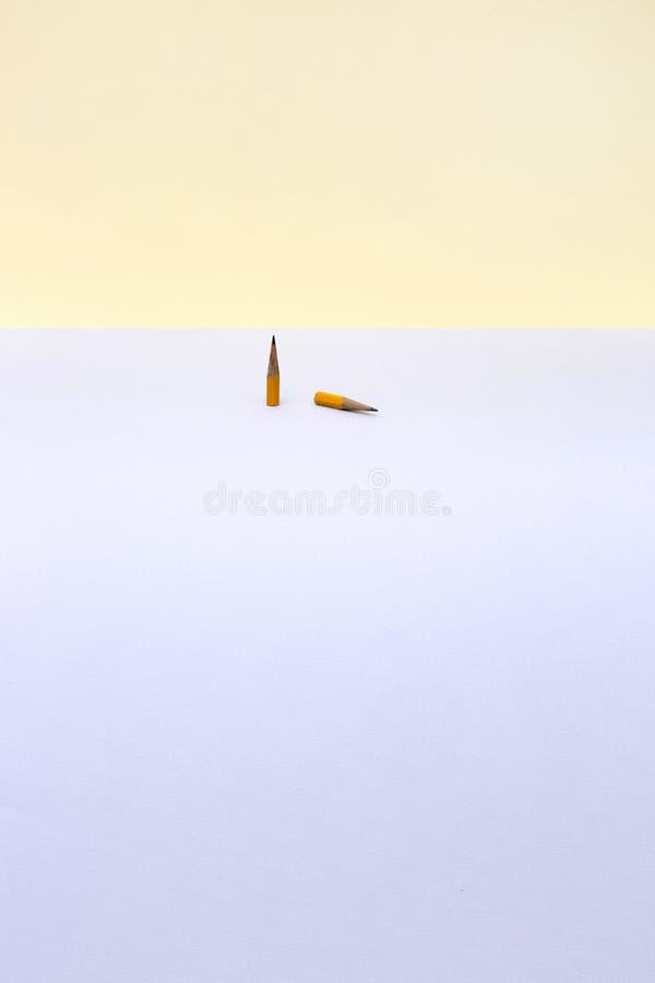 2 коротких простых карандаша стоковые изображения rf