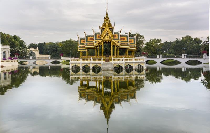 Королевский летний дворец в боли челки, Таиланд стоковая фотография rf