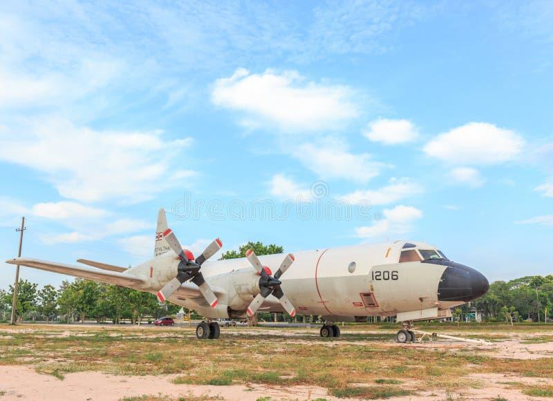 Королевский тайский самолет Военно-воздушных сил P-3T военно-морского флота в районе под открытым небом музея королевского тайско стоковые изображения