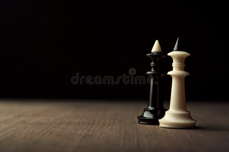 2 короля шахмат стоковые фотографии rf