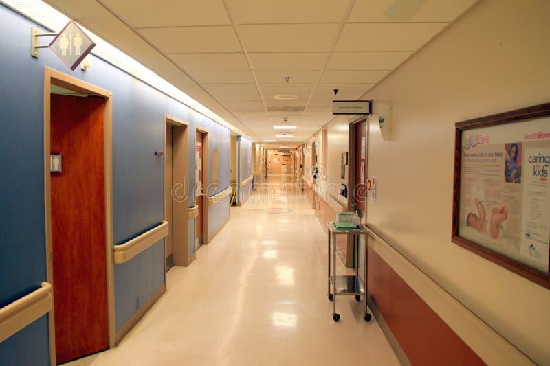 Корридор больницы стоковые изображения