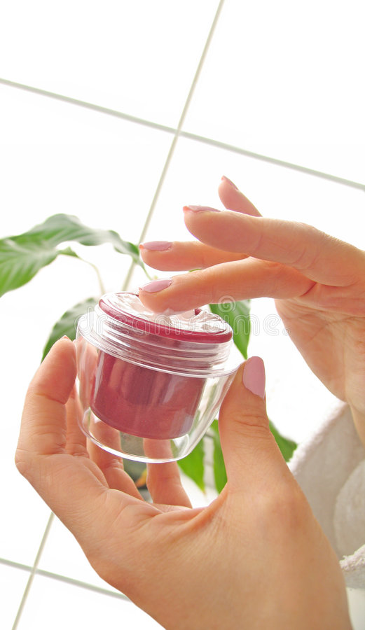 косметические cream руки стоковое изображение