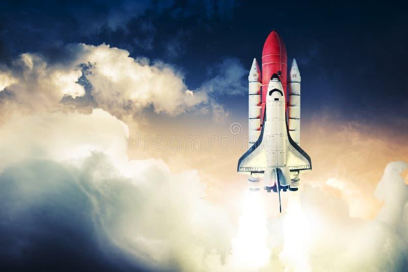 Космический летательный аппарат многоразового использования стоковое изображение rf