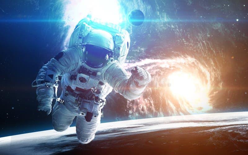 фотографии и картинки космонавтов метровый