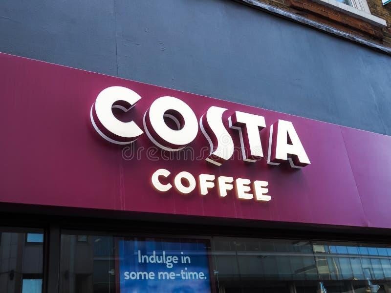 Коста Кофе закрыли из-за блокировки в Лондоне, пандемии коронавируса стоковое изображение
