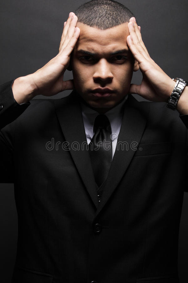 костюм бизнесмена афроамериканца черный стоковое изображение rf