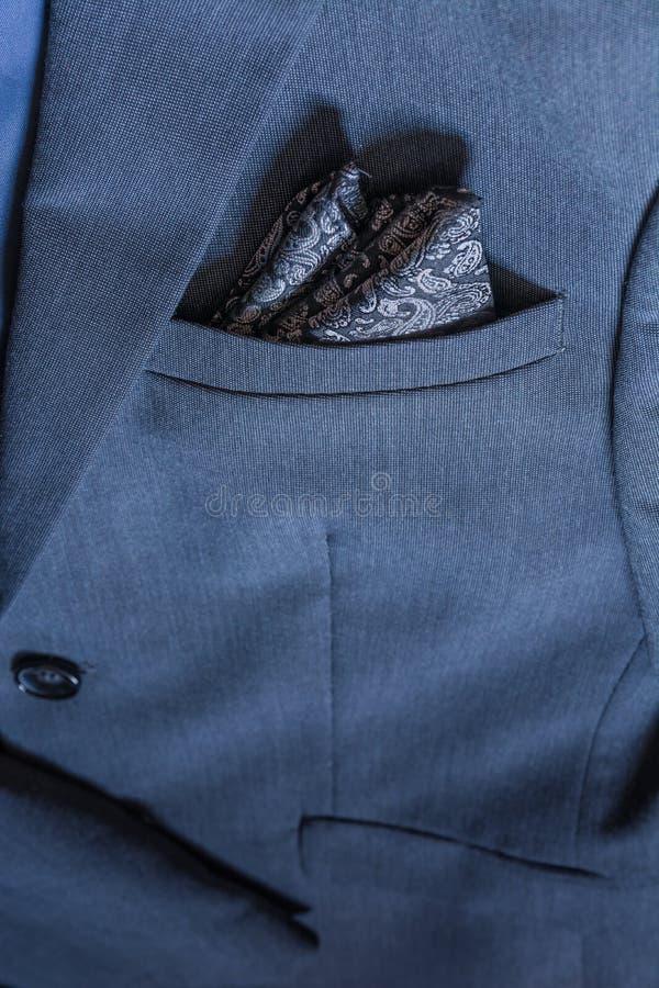 Костюм Professio смокинга ткани детали текстуры крупного плана блейзера голубой стоковое изображение